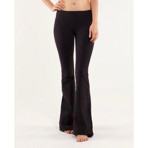 Lululemon Flare yoga Pant in Black